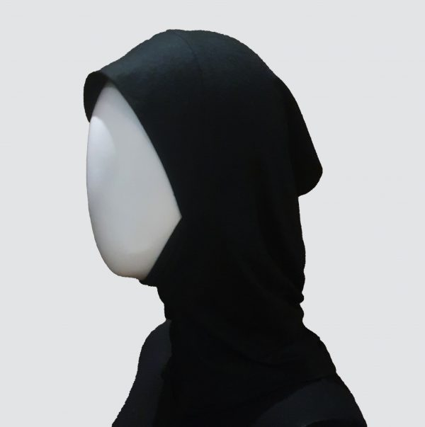 black underscarf